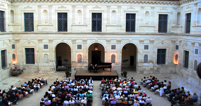 Concert Château d'Ancy le Franc Musicancy Alexandre Tharaud