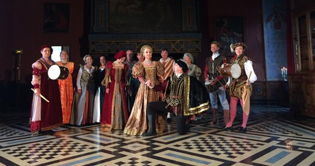 Visites nocturnes au château d'Ancy le Franc avec danseurs Renaissance Bassa Toscana