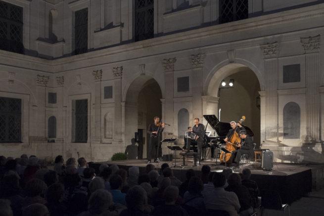 Musicancy Château d'Ancy le Franc tangart aout 2017 crédit Francis Hodbert