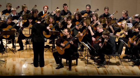 US GUITAR ORCHESTRA USGO au château d'ancy le franc concert guitares bourgogne