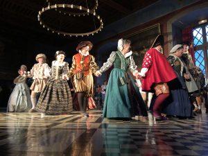 visites nocturnes vistes aux chandelles en bourgognechateau d'ancy le franc danse