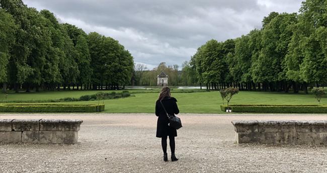 jardin historique à l'anglais parc jardin chateau en bourgogne folie promenade, balade nature escapade